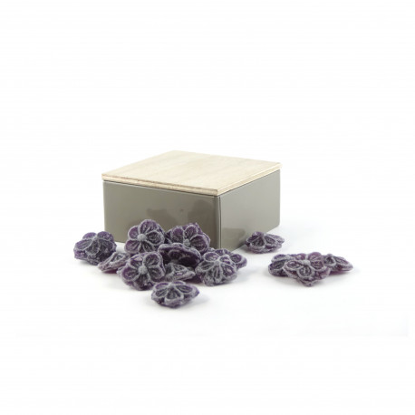 Boîte métal carrée Bonbons à la Violette